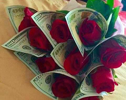 708dfa224 roses-in-100-dollar-bills